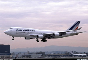 Photo of Air France 747-400 on approach