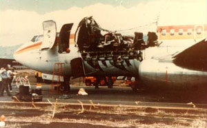 Photo showing the fuselage damage on Aloha Airlines flight 243
