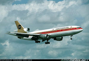 Photo of Continental Airlines DC-10 Flight 603