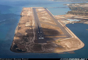 Photo of runway in Hawaii - Photo copyright Quinn Savit