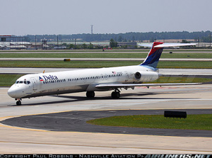 Photo of Delta Air Lines McDonnell Douglas MD-88