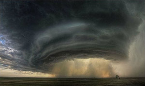Photo of a thunderstorm in Montana