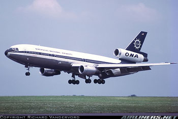 Photograph of an ONA DC-10 on Landing