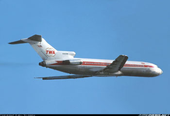 Photo of Boeing 727 in TWA colors of the era