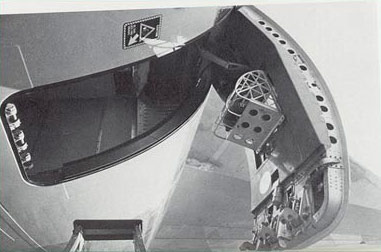 Photo of the DC-10 left side aft cargo door looking up & Lessons Learned pezcame.com